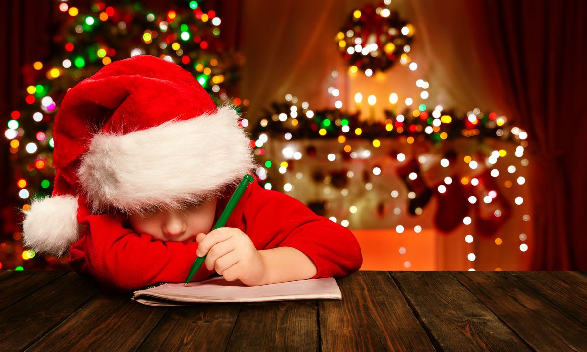 Child-Writing-Christmas-Letter
